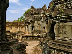 Banteay Samre (Luca Penati) Tags: travel history architecture temple ancienthistory ancient ruins asia cambodia southeastasia raw khmer culture buddhism unesco worldheritagesite temples siemreap angkor ancientcivilization ancientruins worldheritagesites banteaysamre heritagesite khmerart ancientcivilizations ancientruin