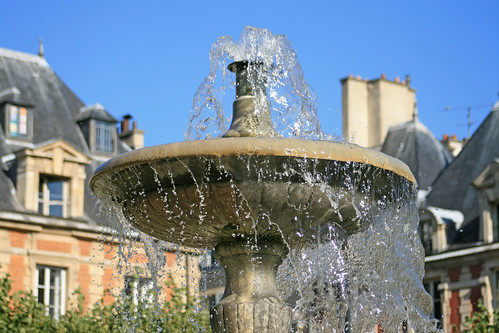 Place des Vosges - Paris (France)