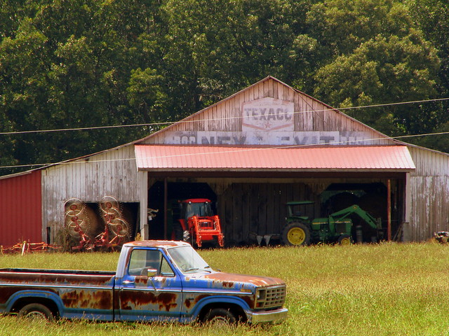 Old Texaco Ad barn
