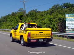09032010609-Fort-Myers-Beach-truck