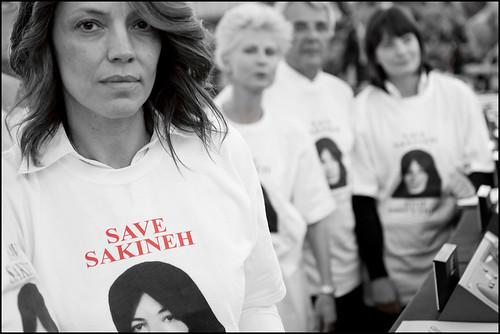 MEPs condemn stoning sentence on Iranian Sakineh Mohammadi-Ashtiani