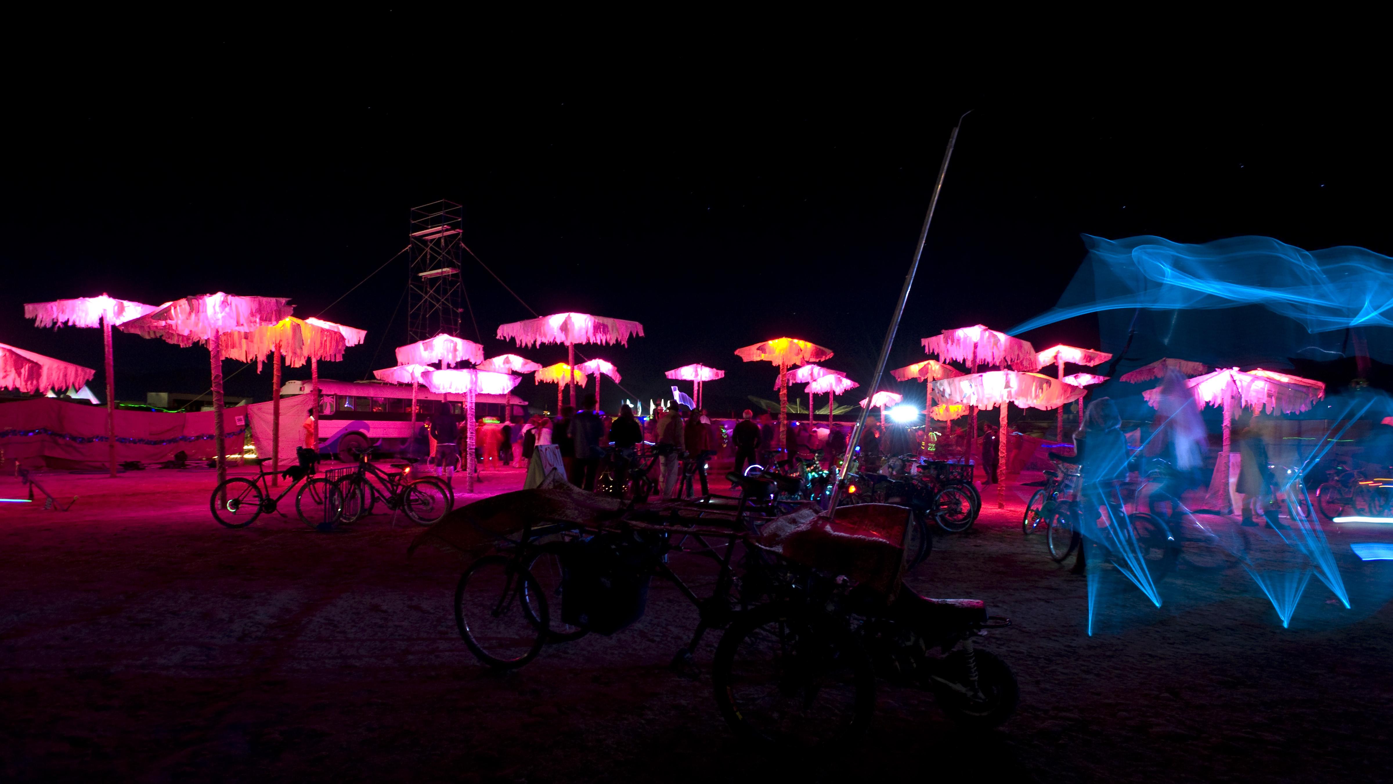 Burning Man 2010 - Metropolis: Camp at 4:30 Keyhole