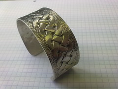 Chased Knotwork Bangle in Fine Silver