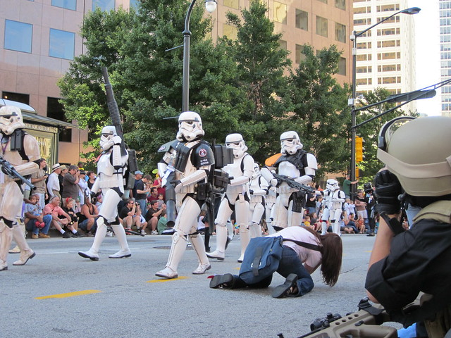 Star Wars Stormtroopers in Dragon*Con Parade 2010