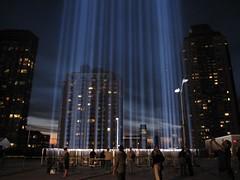IMG_2852.JPG (hullaballumallu) Tags: newyorkcity memorial tributeinlight 2010 downtownmanhattan september11th2010
