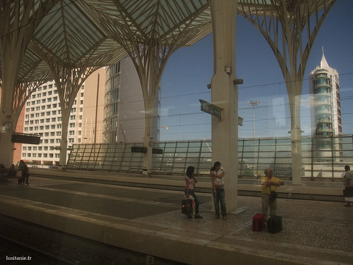 Gare do Oriente, vista do comboio