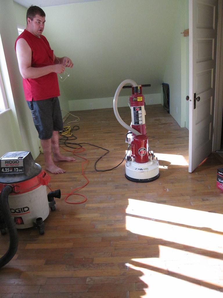 Flooring sander