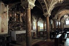 cattedrale di sant'eustachio - cripta IV (s.eve) Tags: church cathedral puglia cripta colonne altare argento marmo acquavivadellefonti