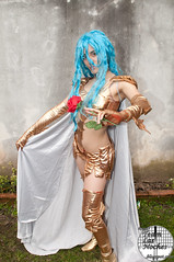 DSC_5088.jpg (SagaDeGeminis) Tags: cosplay picis goldenangel teamlasnoches otakumatsuri4 otakumatsuriiv afroditadepicis amazonadepicis