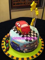 Lightning Mcqueen Theme Cake (Jcakehomemade) Tags: birthday blue car cake made hicks carrace aqeel lightningmcqueen nitroade trackchick cakenovelty jcakehomemade cakecustom carspixarracingracing 86dinoco carchildren cakecharacter rustycornfuel