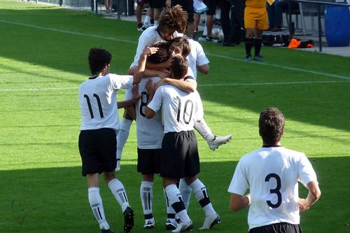 Juniores: Vitória 2-1 Feirense