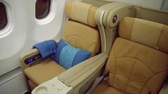 Onboard A330 Business Class - Singapore Airlines (Matt@PEK) Tags: singaporeairlines staralliance pentax a333 businessclass