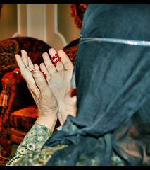 (Q a T a R i Y a ★ M9rg3a) Tags: قبل اذا الدنيا هي وش راح أبكي أمي عليك طاريك أموت ياعساي