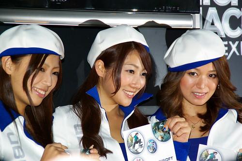 #tgs2010 本職RQが毎年出てるUBIブースのお姉さん画像