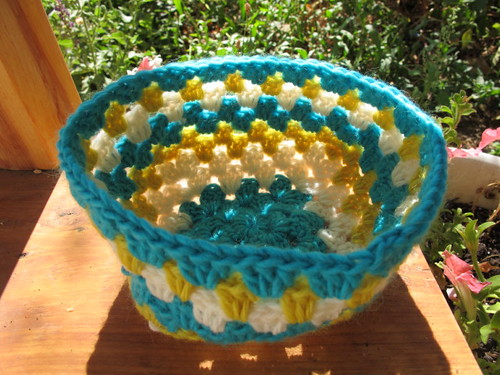 Granny square bowl pre-felting