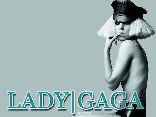 "Wallpaper Lady GaGa ""The Fame: Monster"" 2. Version 2;"
