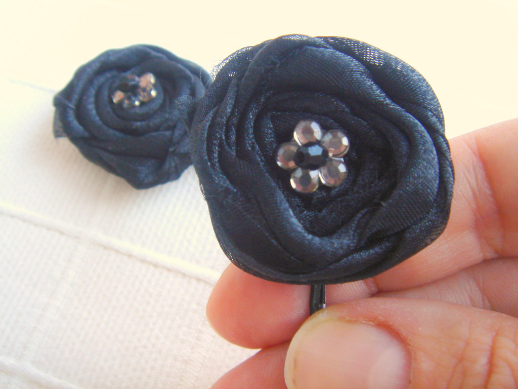 Black Organza rosettes flower with beads Bobby pin set 2