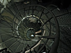 Sliding Down the Spiral Stairs of Arc de Triomphe,Paris (-RejiK) Tags: paris up architecture stairs canon de spiral spirals spin steps arc triomphe august down ron descend dizzy railing sliding staircases turning ascend lean whirling twisting whirl dizzying spining spiralling august10 g9 parisvisit intiguing