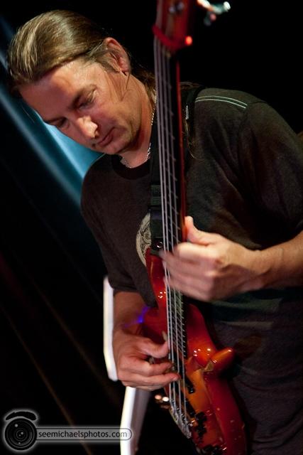 Doug Johns at Lestats 92510 © Michael Klayman-002