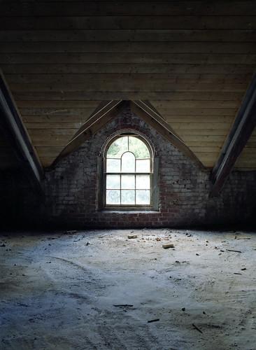 IMAGE: http://farm5.static.flickr.com/4112/5030423945_701ded9a08.jpg