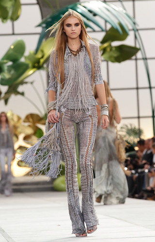 Roberto+Cavalli+Milan+Fashion+Week+Womenswear+AE8e-MqvOIGl