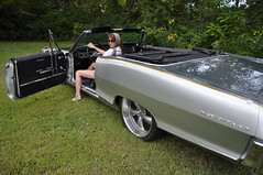 "1965 Pontiac Parisienne Photoshoot • <a style=""font-size:0.8em;"" href=""http://www.flickr.com/photos/85572005@N00/5036796810/"" target=""_blank"">View on Flickr</a>"