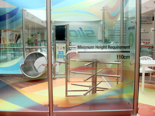Empire Shopping Gallery - Lex Slide entrance