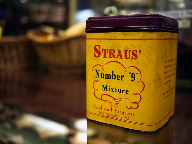 Straus Tobacconist