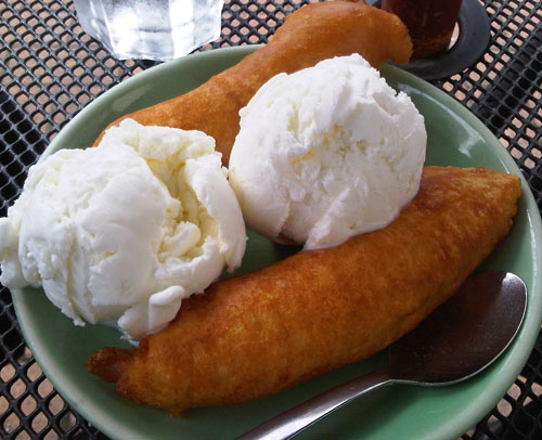 Phancouver: Coconut and Lychee - A Must in Thai Desserts