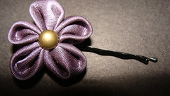 PINCHE (PAREMI) Tags: tiara adorno mujer flor fuxico diadema collar pelo tela tecido kanzashi alfiler cintillo