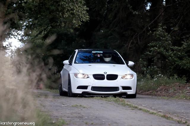 white nikon sigma bmw m3 scuderia karsten 2010 nordschleife 70300 nurburgring d40 septebmer hanseat groeneweg e92 steilstrecke