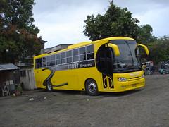 GUB trans in laoag terminal (donsk_drake) Tags: bus coach philippines sur vigan ilocos laoag norte drexel gub bangui philippinesbus drexelmotors