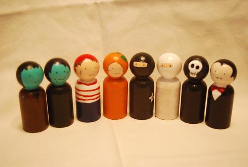 Halloween Peg Dolls