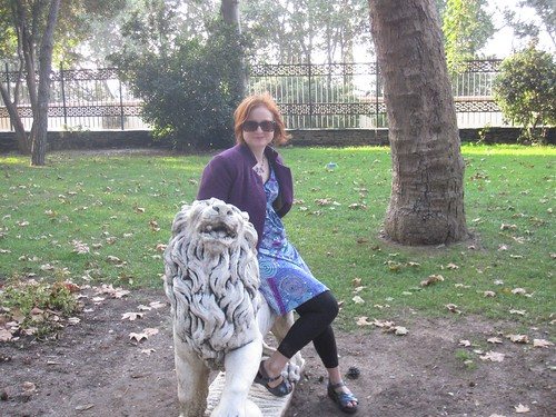 Riding a Lion, Gulhane Park