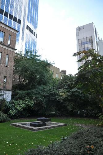 23. Bishopsgate churchyard