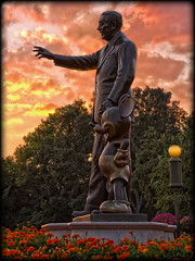 Everyone's Favorite Statue at Sunset [Explore] (Silver1SWA (Ryan Pastorino)) Tags: world sunset statue canon mouse florida magic kingdom disney mickey disneyworld wdw walt magickingdom partners canon24105l 40d