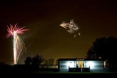 Fireworks (Steve Green) Tags: fireworks 5d canonef2470mmf28lusm stratforduponavon rayfordpark