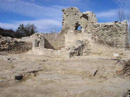 Esglèsia Vella de Sant Bartomeu del Grau