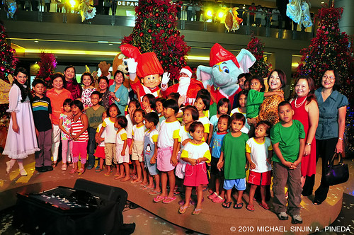 SM City Cebu launches an Enchanting Christmas