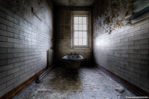 West Park Asylum bathroom