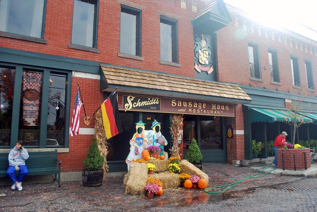 Schmidts Sausage Haus storefront