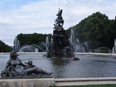 Herrenchiemsee Castle - Germany (amipreside) Tags: fountain germany fontana germania fama baviera herrencheemsee