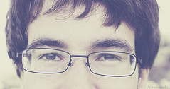 Time is running out. (neneando.) Tags: boy out glasses time retrato running gafas chico mirada esperar neneando