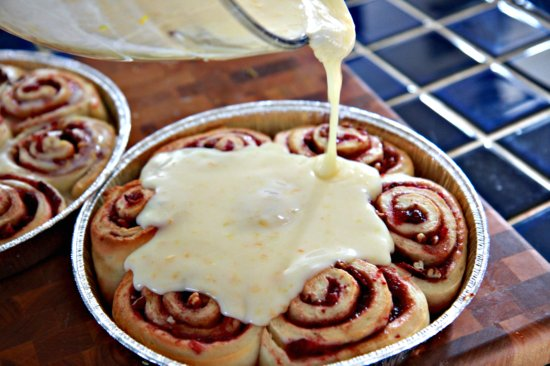 Cranberry Roll