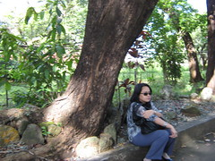 WAITING (PINOY PHOTOGRAPHER) Tags: world trip travel color canon asia tour image philippines picture filipino rizal pinoy antipolo pilipinas luzon