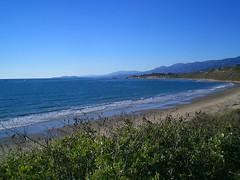 Looking North (Robear in Ojai) Tags: california thanksgiving sunset carpinteria rockpiles rinconbeach batesbeach