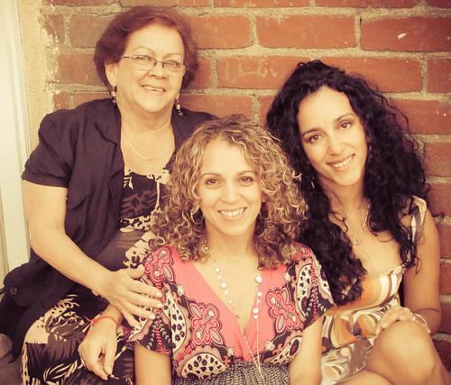 Mamá, Dariela, Dariana