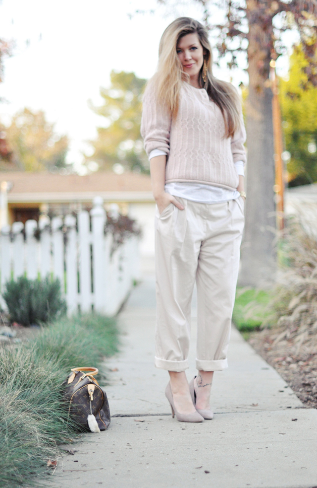 muted soft neutrals, khaki pants, pink soft sweater, suede pointy toe pumps, louis vuitton bag, steve madden shoes, DSC_0110