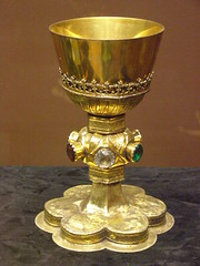 Gothic chalice, 15th century (DeBeer) Tags: church religious gold golden gothic craft christian jewellery slovakia mass jewels archeology ecclesiastical bratislava chalice goblet preciousstones archeologicalmuseum lategothic goldenchalice medievalcraft goldengoblet archeologickémúzeum archeologicalmuseumbratislava masschalice medievalchalice medievalgoblet
