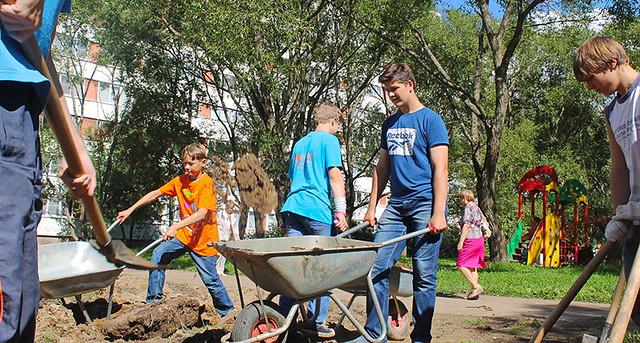 Путин утвердил длительность рабочего дня для молодых людей